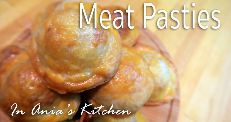 Meat Pasties – Paszteciki z Miesem – Recipe #244