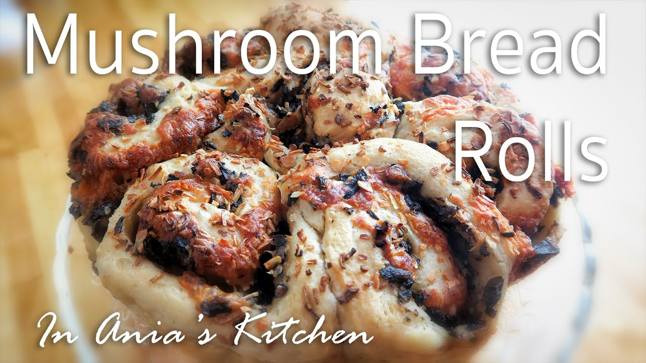 Mushroom Bread Rolls – Buleczki z Grzybami – Recipe #250